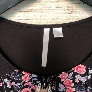 LC Lauren Conrad Tops - Lauren Conrad Black Floral Top Size Small